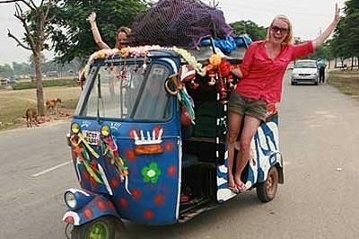 Local Auto Bus Tour of India